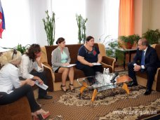 СМИ, Крымский премьер провел встречу с журналистами ТРК «Бриз» в Керчи