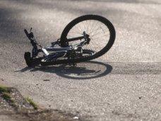 ДТП, Неизвестный водитель в Керчи сбил подростка на велосипеде