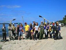 Субботник, Волонтеры уберут мусор с берега Азовского моря