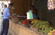 стихийная торговля, У стихийных торговцев на ЮБК отобрали продукции на 160 тыс. грн.