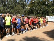 Волейбол, В Алуште проходят соревнования ветеранов волейбола