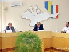 общественный совет, Крымский премьер не будет вмешиваться в конфликт в Общественном совете
