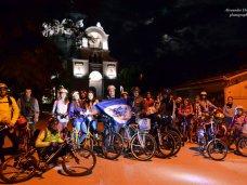велосипед, В Евпатории провели ночную велоэкскурсию