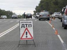 ДТП, В Симферополе при столкновении автомобиля с маршруткой погибла женщина