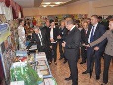 рабочий визит, Глава Совмина посетил гимназию-интернат для одаренных детей в Бахчисарайском районе