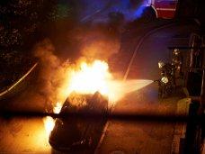 Пожар, На стоянке в Севастополе ночью сгорел автомобиль