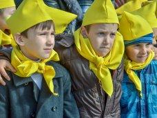 посвящение в «севастопольцы», Около 3 тыс. школьников посвятили в «севастопольцы»