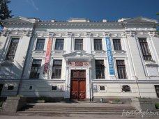 Обновлять коллекцию музея Тавриды помогают таможня и СБУ