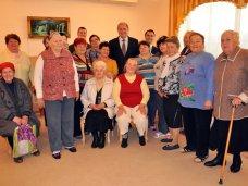 Центры по предоставлению социальных услуг должны быть в каждом населенном пункте, – крымский премьер