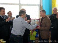 Награда, Крымский спикер получил награду Федерации борьбы Турции