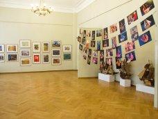 Выставка, В Севастополе дети представили свои картины