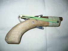 Оружие, В Крыму задержали пьяного с самодельным пистолетом