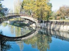 Земля, Горсовет Симферополя незаконно выделил землю у реки под застройку