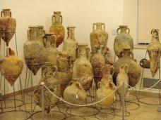 Выставка, В Судаке проходит выставка находок со дна Черного моря