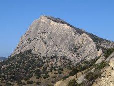 Происшествие, Спасатели сняли двух туристов с горы в Судаке