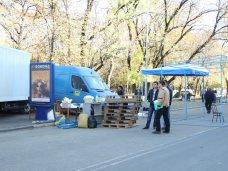 фото дня, В Симферополе готовятся к сельскохозяйственной ярмарке