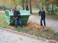 Субботник, В Симферополе провели субботник по расчистке Гагаринского парка