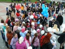 детское творчество, В Симферополе прошел тысячный танцевальный флешмоб