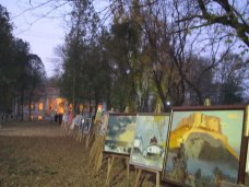Выставка, В усадьбе Шатилова в Нижнегорском районе представили выставку картин