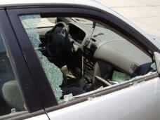 Кража, В Керчи подросток грабил машины, чтобы купить планшет