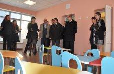 рабочий визит, Крымский премьер посетил социальные объекты Красногвардейского района