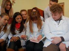 Здравоохранение, Крымских студентов-медиков познакомили с работой семейного врача