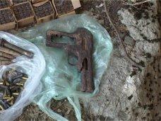 Боеприпасы, Грибник нашел в лесу возле Ялты схрон оружия
