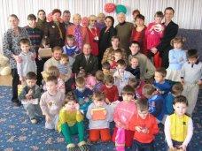 Сироты, В Крыму за два года появилось 15 детдомов семейного типа