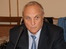 Кадровые назначения, Бюджетная комиссия крымского парламента согласовала назначение нового министра финансов АРК