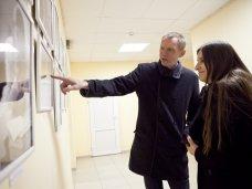 фотовыставка, В Севастополе представили портреты врачей