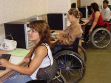 инвалиды, В Крыму более 1 тыс. инвалидов имеют работу