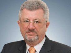 политическая ситуация в Украине, Совмин Крыма опроверг информацию о давлении на ректора ялтинского вуза