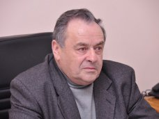 политическая ситуация в Украине, В Крыму осудили снос киевского памятника Ленину
