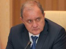 политическая ситуация в Украине, Крымский премьер дал оценку беспорядкам в Киеве