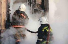Пожар, В Крыму на пожарах спасли трех пьяных мужчин