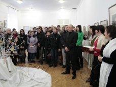 Выставка, В Симферополе открылась выставка «Эпоха Романовых в графическом искусстве»