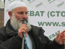 политическая ситуация в Украине, Многие крымские татары не согласны с Евромайданом, – общественник