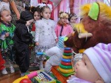 День Святого Николая, Крымский премьер поздравил с Днем святого Николая воспитанников Дома ребенка в Симферополе