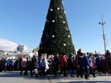 Городская елка, В Ялте открыли городскую елку