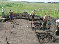 Раскопки, В этом году в Крыму работали 83 археологические экспедиции
