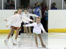 Фигурное катание, В Симферополе пройдет новогодний турнир по фигурному катанию среди детей