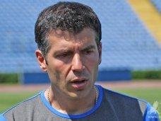 Таврия, «Таврия» разрывает контракт с греческим тренером