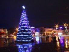 Новый год, В Симферополе закончили монтировать новогоднюю иллюминацию