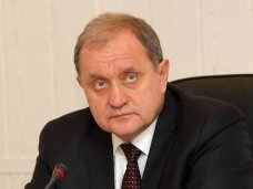 Кадровые назначения, «Мое кресло в моем театре», Могилев заверил, что не собирается оставлять кресло премьера Крыма
