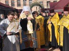 Рождество, В Симферополе провели молебен у рождественского вертепа