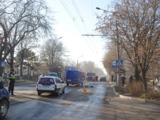 ДТП, Под колесами автобуса в Симферополе погибла девушка