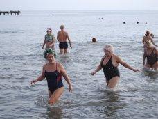 Моржи, В Евпатории «моржи» открыли купальный сезон