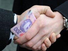 Коррупция, В Крыму на взятке попался чиновник