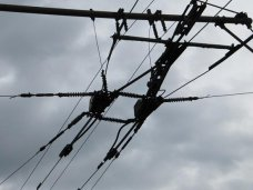 Кража, Житель Симферополя обрезал троллейбусные провода и сдавал их на металл