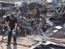 Металлолом, В Саках накрыли незаконный пункт приема металла